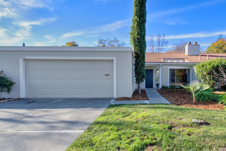 Photo of 1091 Mariposa Lane, Saint Helena, CA 94574