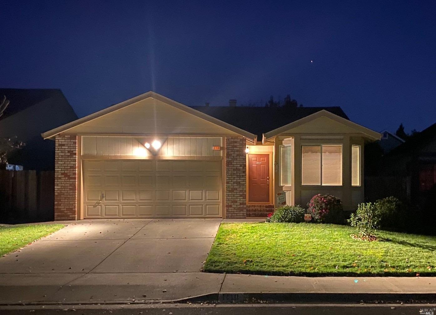 Photo of 1110 Albion Place, Santa Rosa, CA 95401