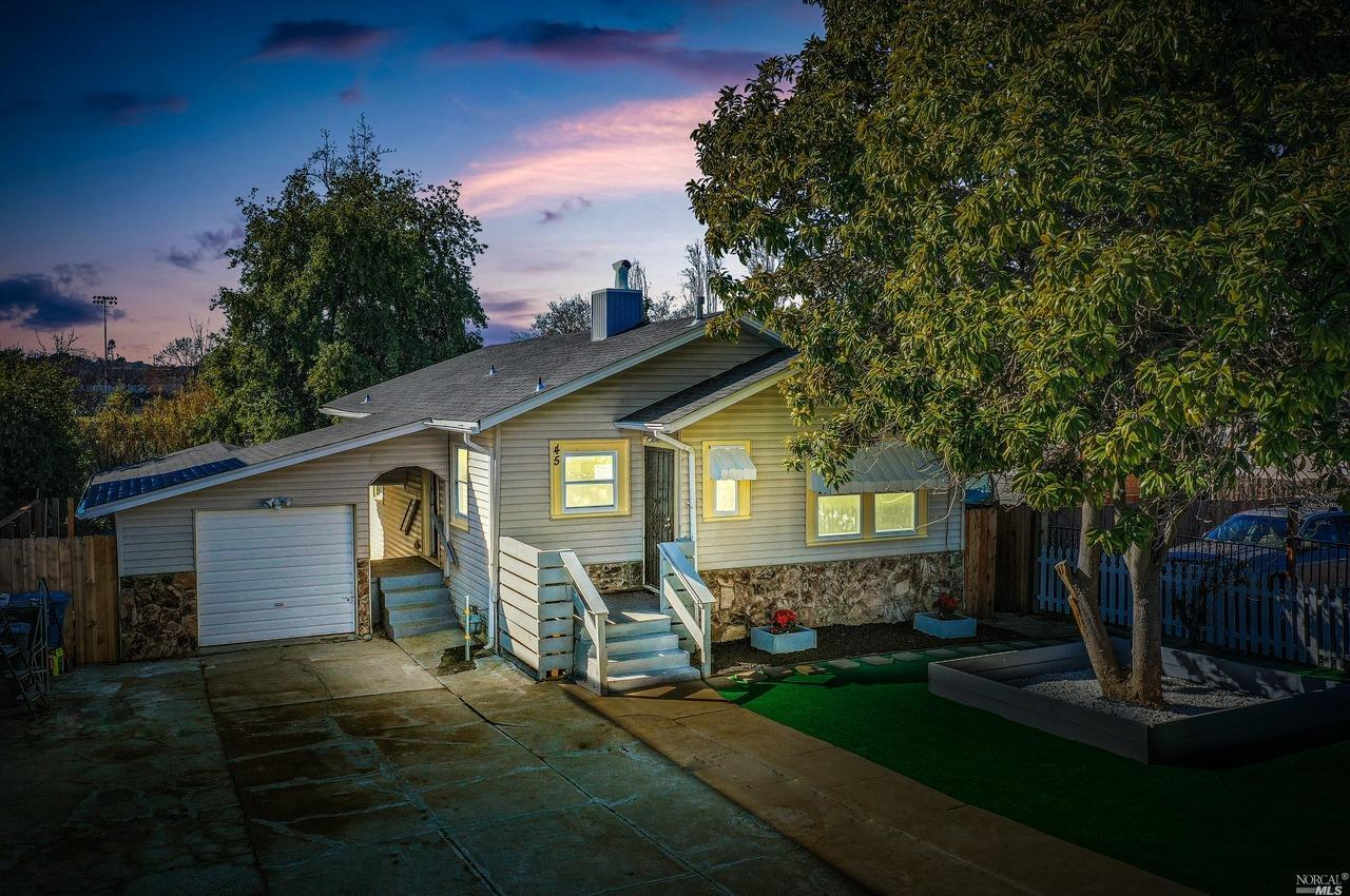 Fully remodeled bungalow with a new foundation! Step up and become a home owner! Great big backyard