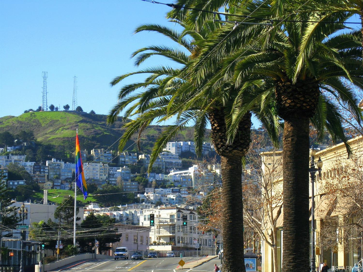 Just 3 walking blocks to the Castro. Fantastic location convenient to the Valencia Corridor, the Castro and Noe Valley, with exc