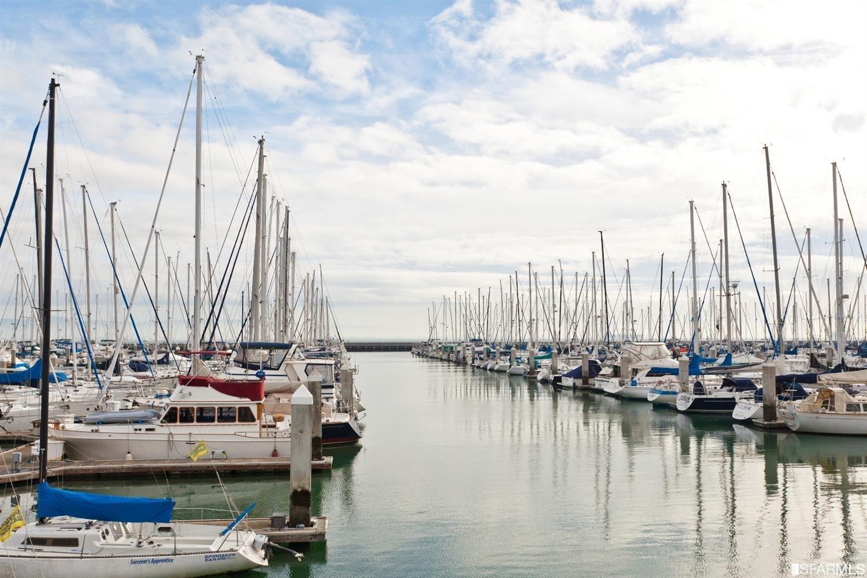 Nearby marina has 700 berths