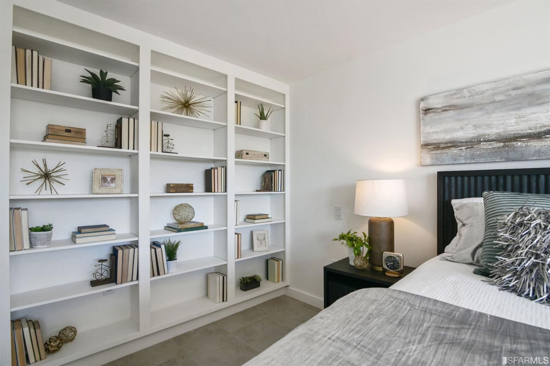 Elegant built in shelf