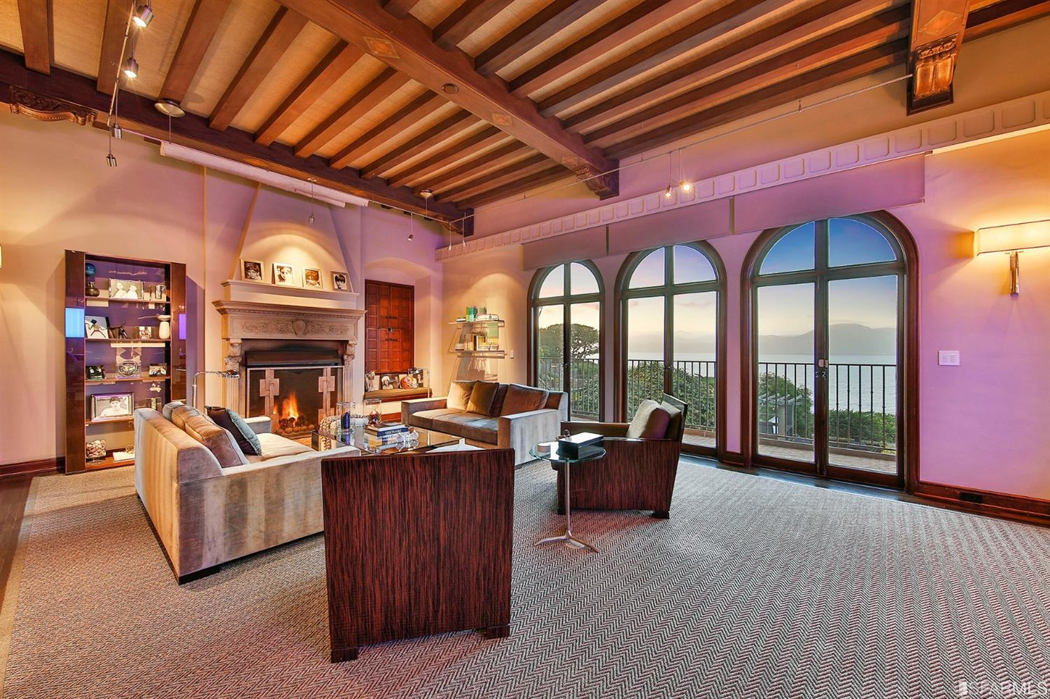 Twilight gives so many different hues to this room creating a magical feel.