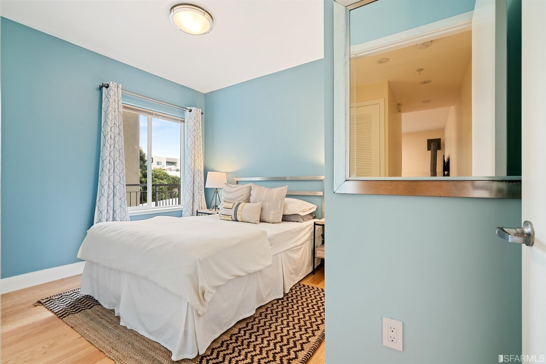 Listing 507689 : 566  South Van Ness Avenue 12, San Francisco, CA, 94110  (photo 10)