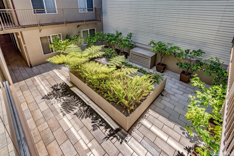 Listing 507689 : 566  South Van Ness Avenue 12, San Francisco, CA, 94110  (photo 14)